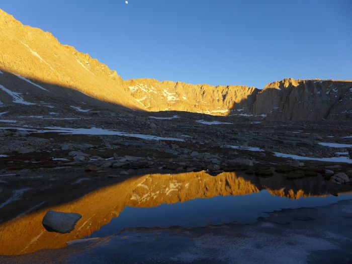 Mount Whitney - Guitar lake - Camp